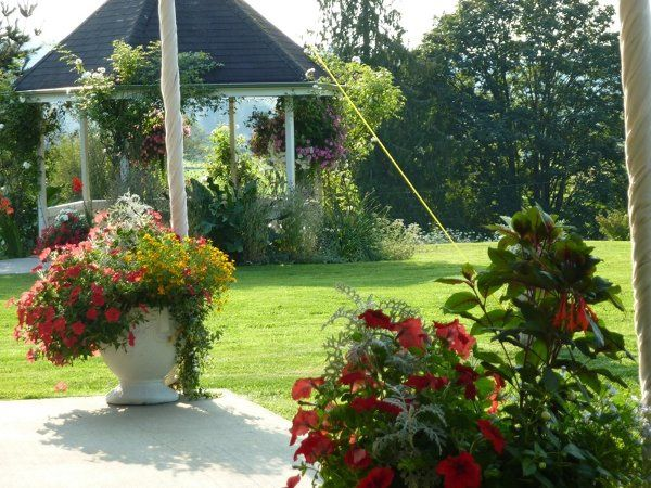 Flowers and well manicured gardens