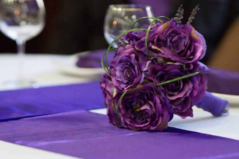 516a64fbcac0fc54 1443990706548 brides bouquet