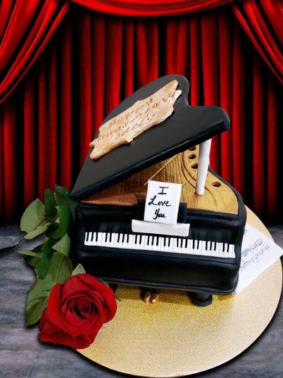 Anniversary piano cake 1