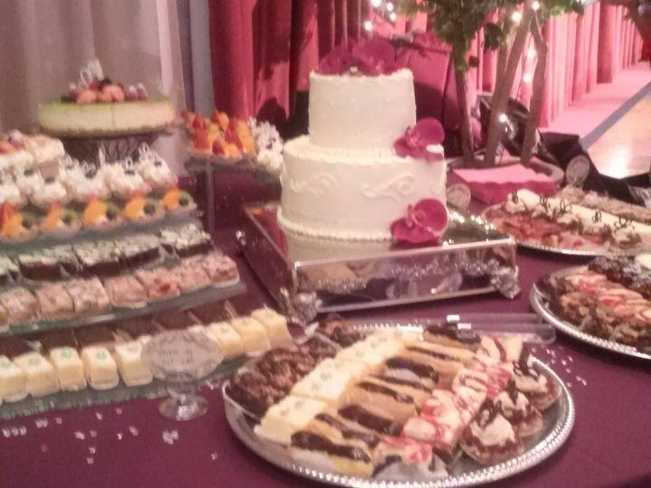 Tmx 12017480 1206352806045182 3606215152454515207 O 51 1223235 160477039517968 Essexville, MI wedding cake