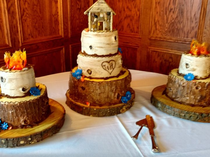 Tmx 43677275 2666022263411555 4154365623100506112 O 51 1223235 160477059314340 Essexville, MI wedding cake