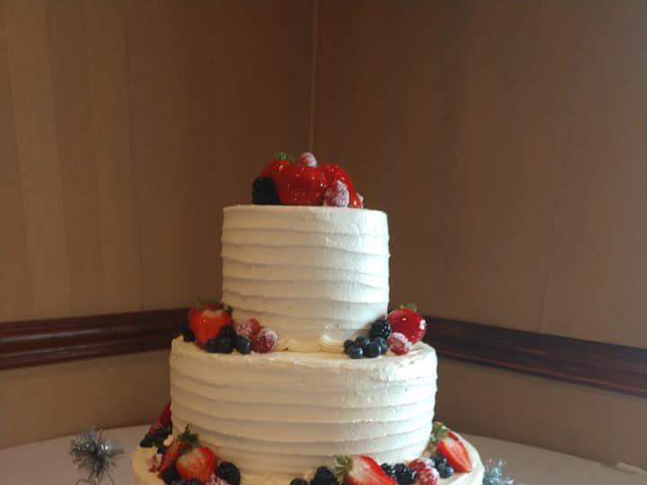Tmx 66684145 3315337455146696 2059553645837418496 N 51 1223235 160477054629215 Essexville, MI wedding cake