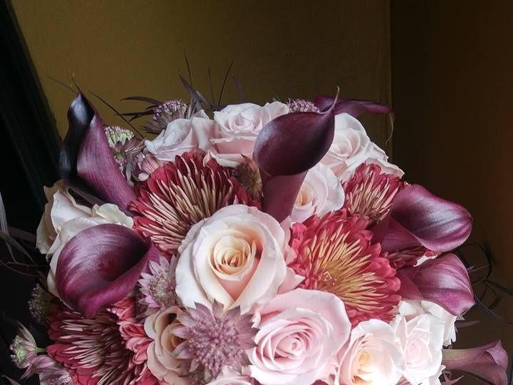 Tmx 22489767 1688071111263666 5603373981012985544 N 51 74235 Easton wedding florist