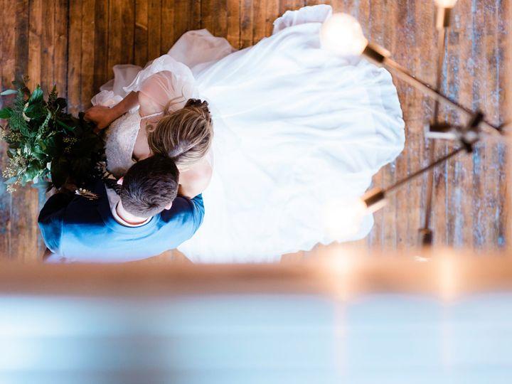 Tmx Coupleportrait 059 51 1865235 160805208889492 Battle Creek, MI wedding venue