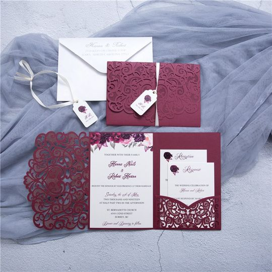 Graceful Love Heart Tri-fold L