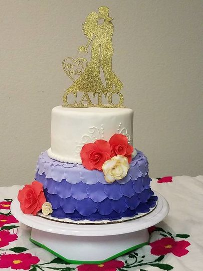 Golden Rose Cake Boutique Wedding Cake Irvine Ca Weddingwire