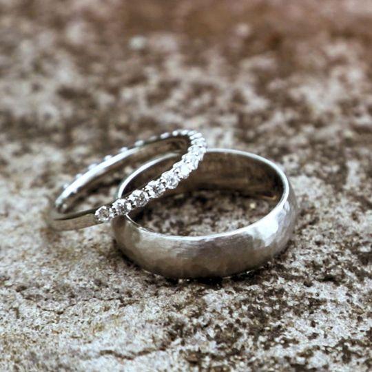 dd856809c2655a61 Rings