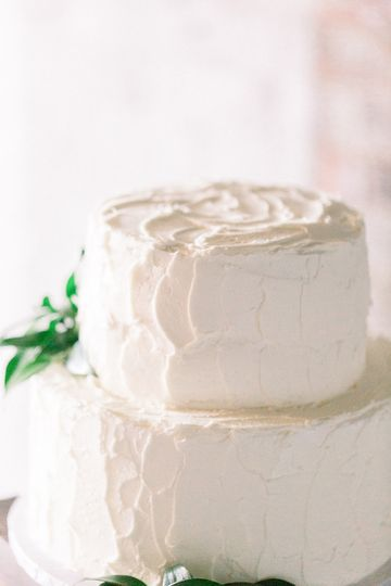 Natural  buttercream cake