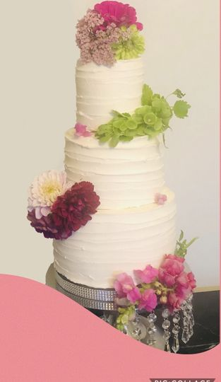 Flowers and buttercream cake