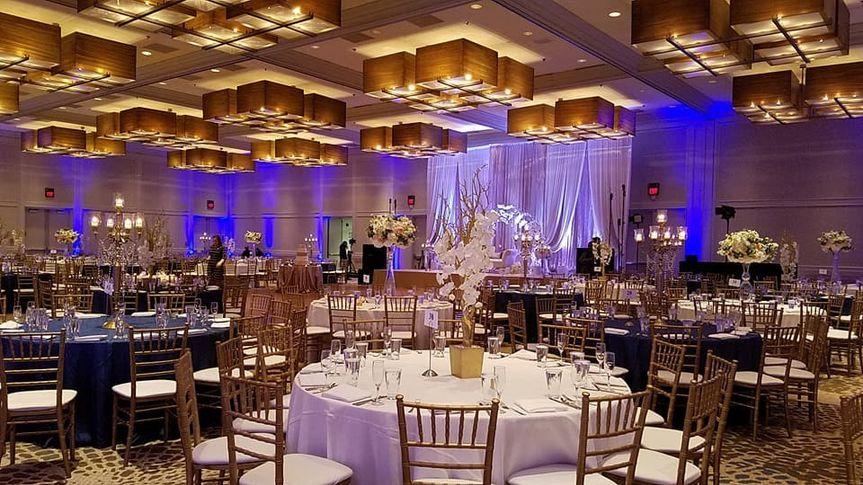 Grand Ballroom, uplit
