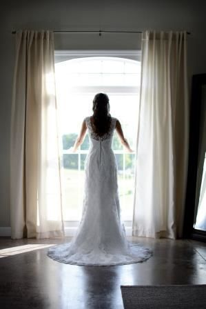 Many photo opportunities are avaialbe on the property so you can get breathtaking bridal photos!