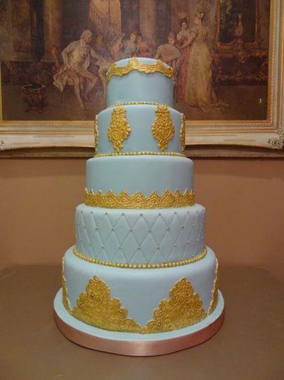blueandgoldfondantweddingcake