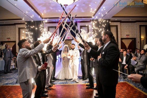 Tmx Couple Entering Ballroom 51 1896335 158127863226529 Staten Island, NY wedding planner