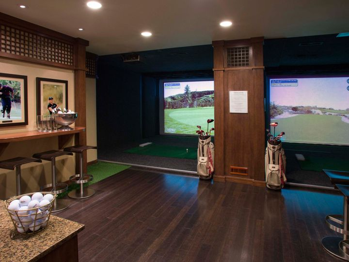 Tmx Virtual Golf Club 51 127335 Seattle, WA wedding venue