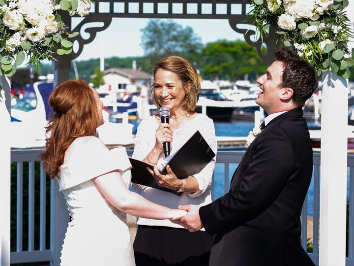 Tmx Shayna And Tyler 5 51 1018335 157632946166304 Racine, WI wedding officiant
