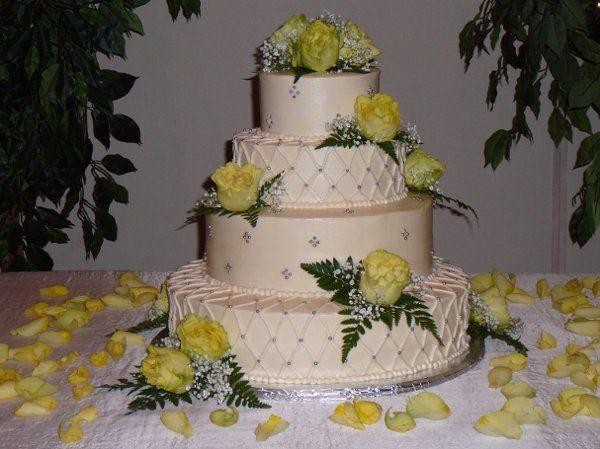 Tmx 1239629226983 P1010234 Hudson wedding cake