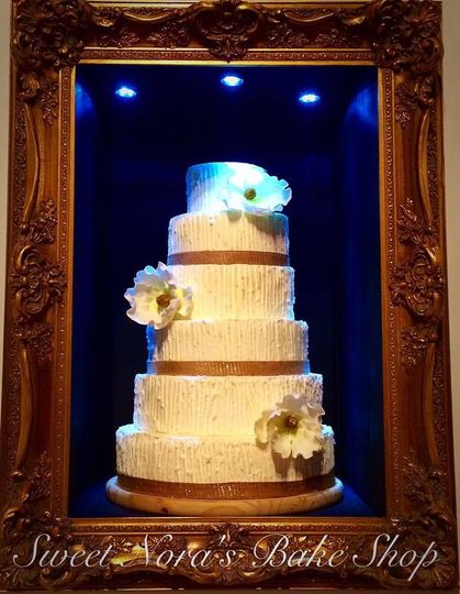 Sweet Nora\'s Bake Shop - Wedding Cake - Tellico Plains, TN - WeddingWire