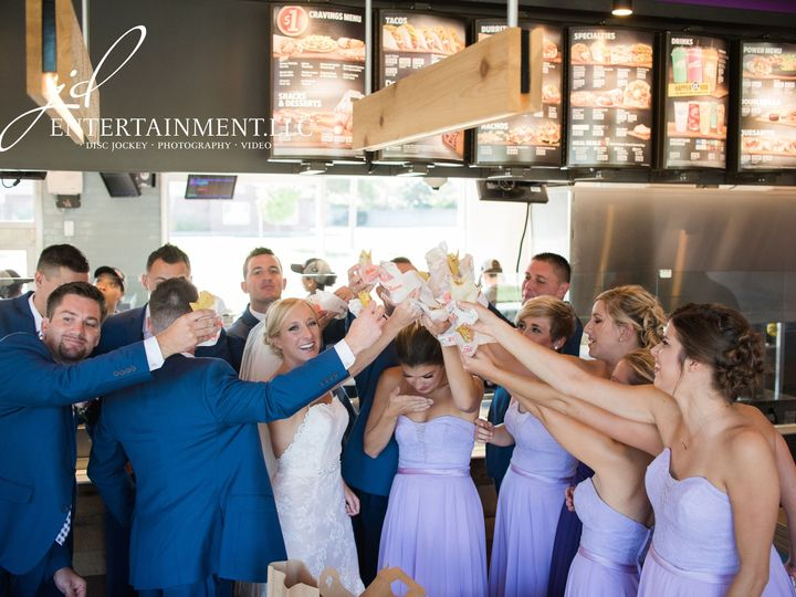Tmx 1529594954 E38a302b56f8c1e8 1529594951 Ae705b02825db198 1529594935251 15 Wedding Party 15 Clinton Township, MI wedding dj