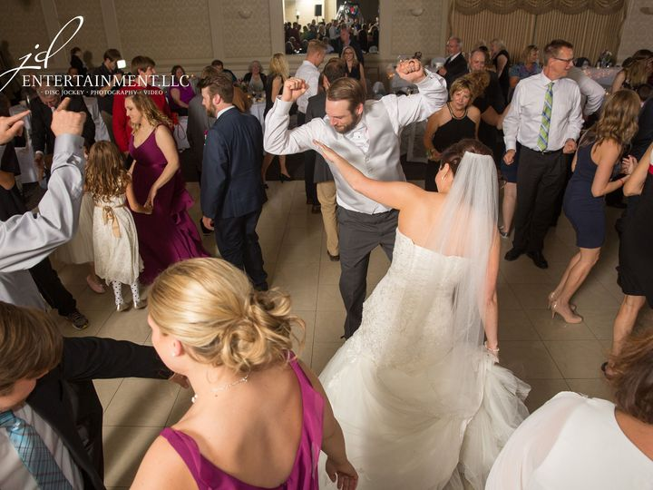 Tmx 1529597626 0820698c4d639559 1529597624 98da978e72ab82ff 1529597624704 9 Wedding DJ 9 Clinton Township, MI wedding dj