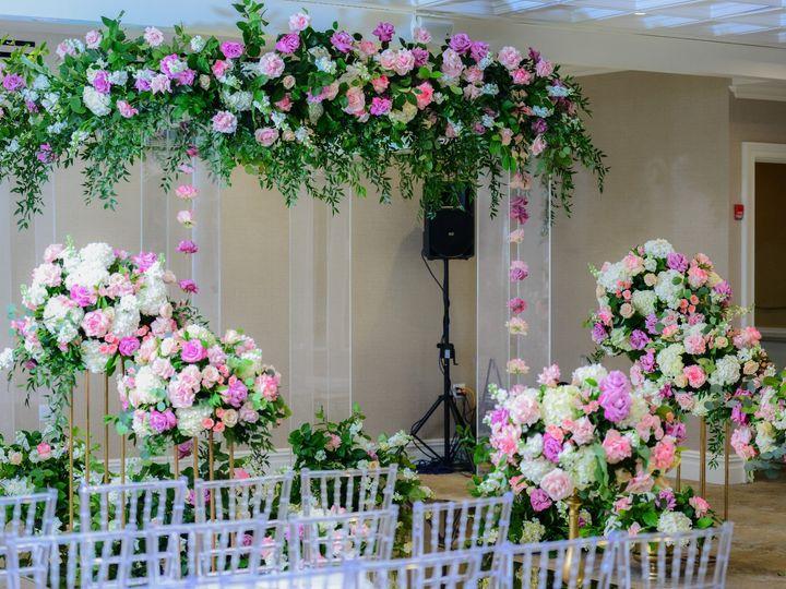 Tmx Dsc 7751 51 1870435 159310535349301 Brooklyn, NY wedding florist