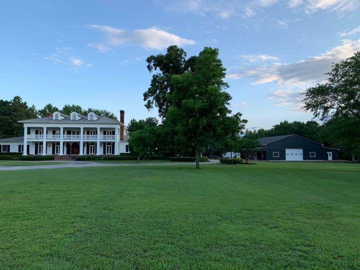 Tmx 1 51 1970435 159777647347511 Salemburg, NC wedding venue