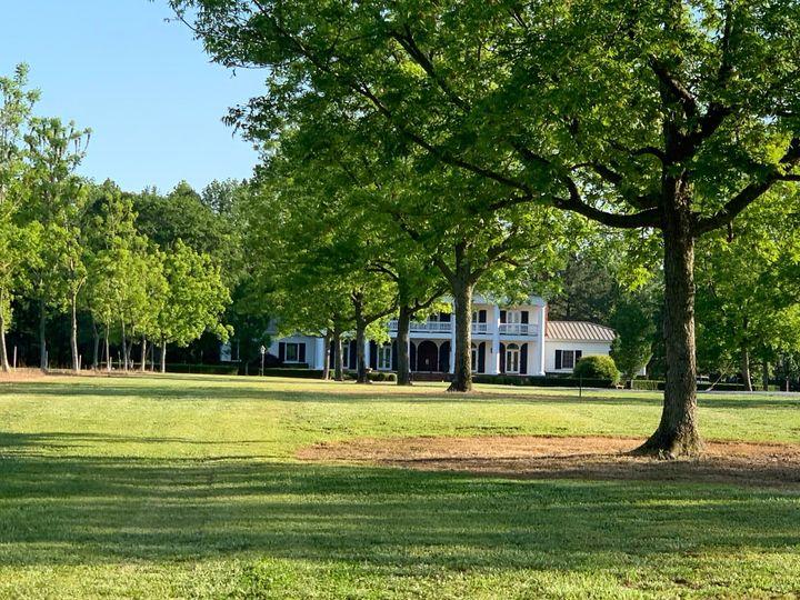 Tmx Img 6610 51 1970435 159058163883211 Salemburg, NC wedding venue