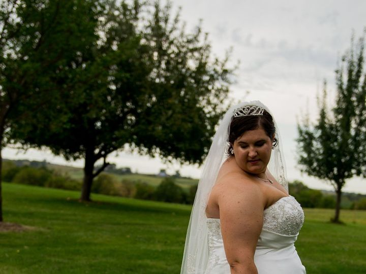 Tmx Group Solopictures 9 51 990435 158878131910652 Urbandale, IA wedding photography