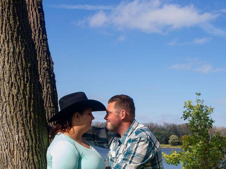 Tmx Tannershianneengagment 13 51 990435 158878126497581 Urbandale, IA wedding photography