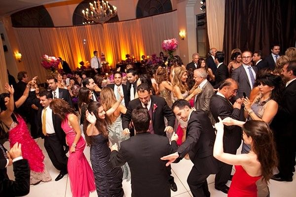 Tmx Aroosi At A Persian Wedding With All The Wedding Guests Dancing 326578 51 1062435 158921147851818 Cape Coral, FL wedding dj
