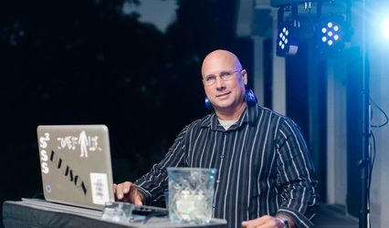 DJ JSON
