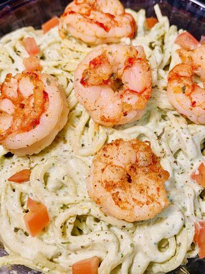 Creamy pasta with shrimp