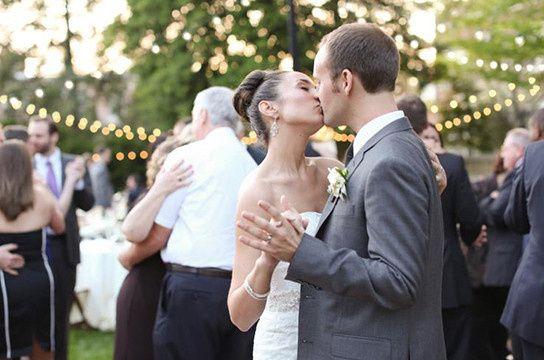 wedding kis