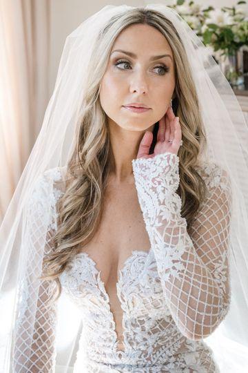 lr bride 029 51 566435 v2