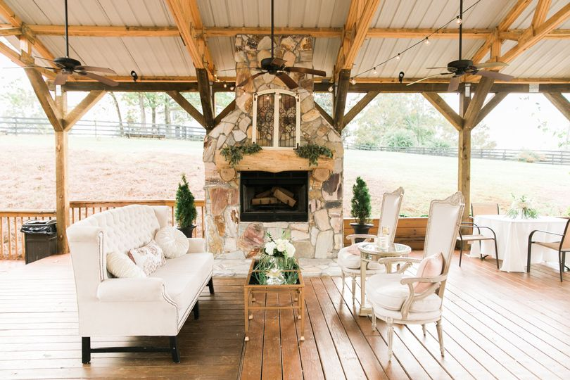 White Oaks Barn Venue Dahlonega Ga Weddingwire