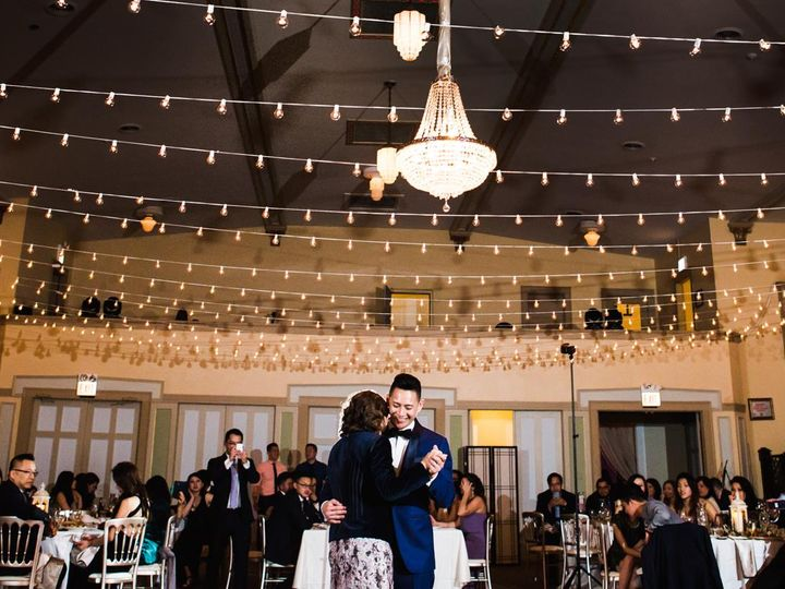 Tmx 18673195 10158752646010188 915854170389069056 O 51 479435 Chicago, IL wedding catering
