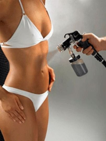 We offer all natural eco-certified Custom Airbrush Tanning with promotional pricing for the blushing...