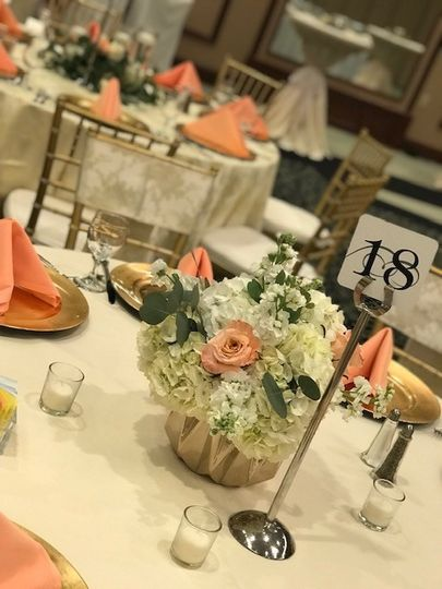 Centerpiece for guest tables