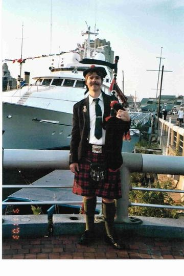 Bagpipes for the yacht 'MiGaea'
