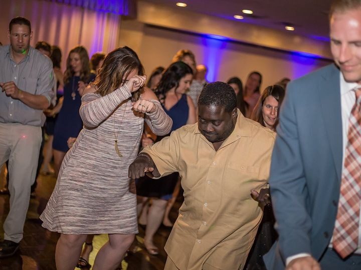 Tmx Img 8989 458 51 476535 157966961344317 Westlake, OH wedding dj