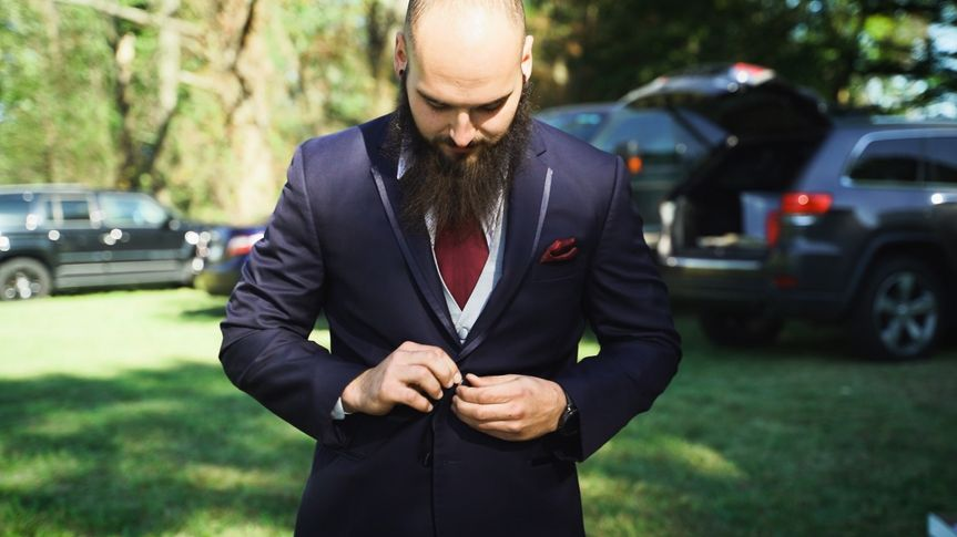The groom getting ready - Daniel Cronk Productions