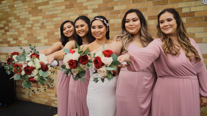 The bride and bridesmaids - Daniel Cronk Productions