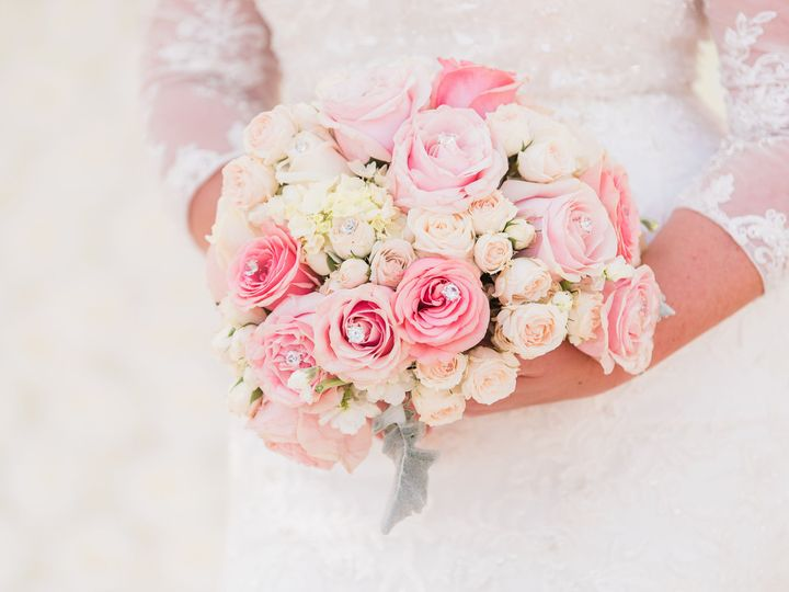 Tmx 1527637587 21d88b0191772f6e 1527637585 7df54ac6e09c5e99 1527637580584 3 Liz Cowie Photogra Melbourne, FL wedding florist