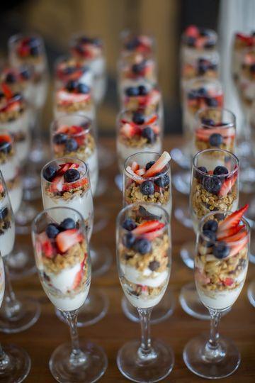 Dessert in champagne glasses