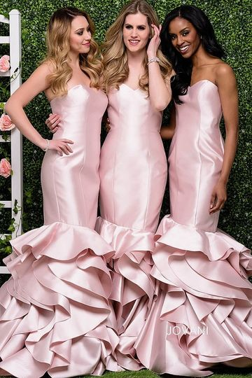 Pink sweetheart bridesmaid gowns