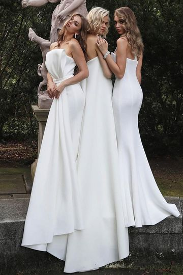 Fitted scuba wedding dresses