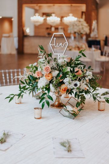 Custom table numbers - Photo by Alyssa Grace Photography