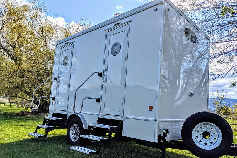 montana pretty potty luxury restroom trailer 51 1976635 159485131665241