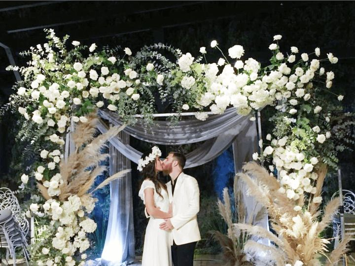 Tmx 1516342671 1f1438dc468257d8 1516342670 D59fa3aa5ad5c726 1516342668822 3 IMG 3550 Min Brooklyn, NY wedding florist