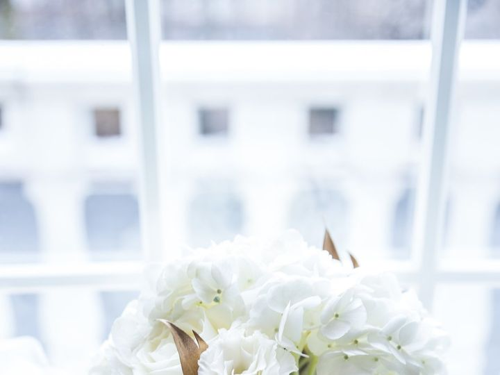 Tmx 1518722654 45615c6ab6899485 1518722649 597897efe9a01b88 1518722649401 3 FR 12 Brooklyn, NY wedding florist
