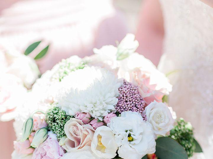 Tmx 1532372898 409db03c2c35042d 1532372896 1888c70b3dd8fa6a 1532372893801 9 Ashergardner Centr Brooklyn, NY wedding florist